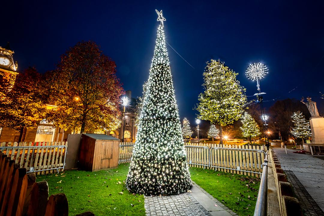 Crewe Xmas lights photo Pete Robinson 7 2