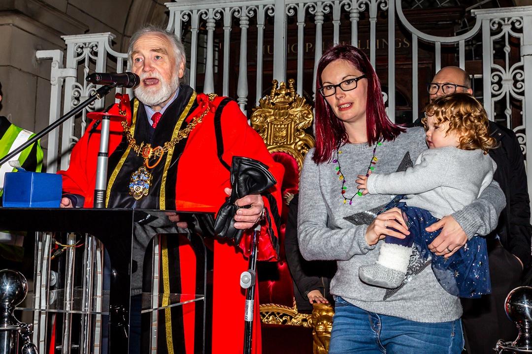 Lumen 2018 Mayor Roberts and baby Lumen