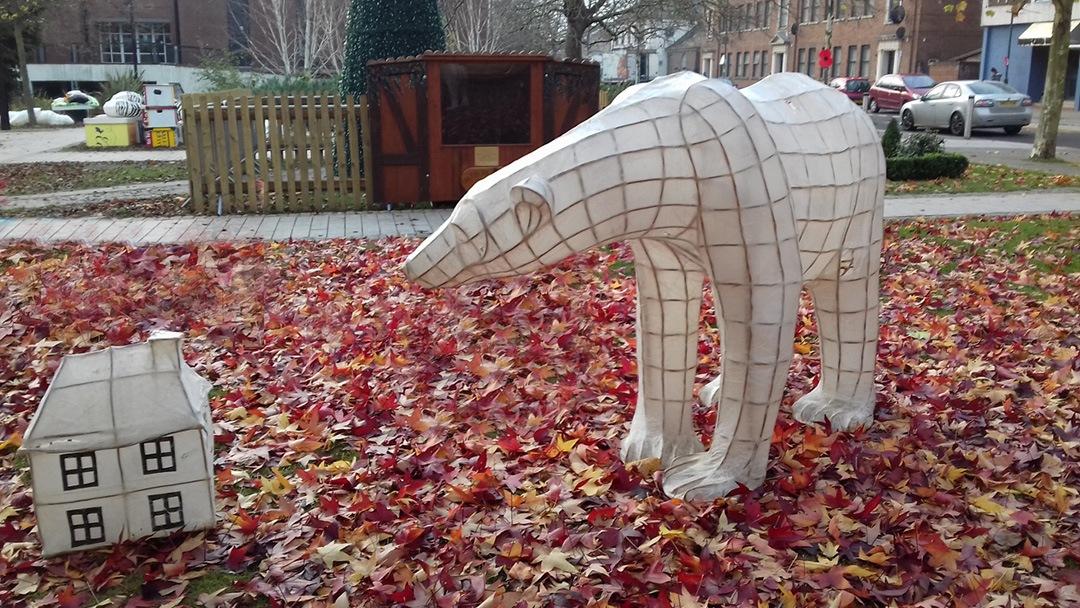 Lumen 2018 polar bear lanterns